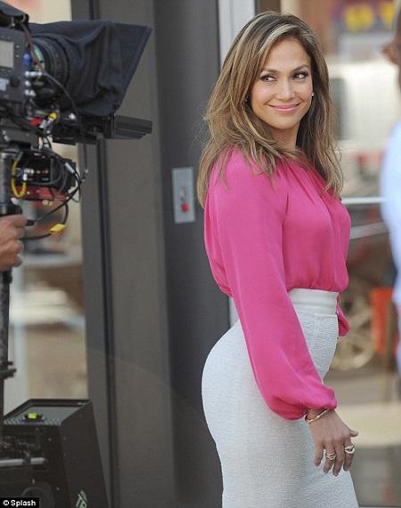 Jennifer Lopez 82