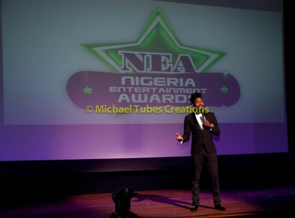 2013-Nigeria-Entertainment-Awards-September-2013-BellaNaija-BN-021-600x444