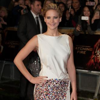 jennifer_lawrence_at_the_hunger_games_catching_fire_premiere_686678