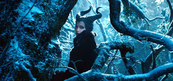 maleficent-teaser-angelina-jolie-636x300-2013