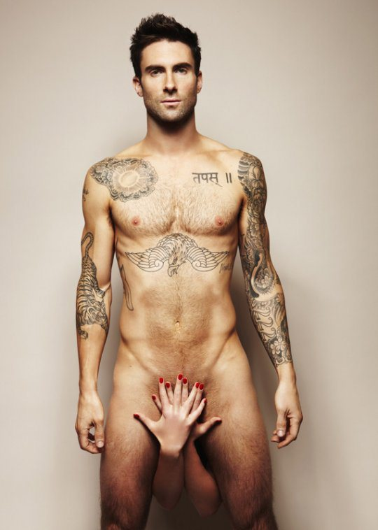 x31 adam-levine-naked