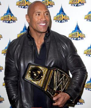 dwayne-'the-rock'-johnson-wrestlemania-29-press_3594460